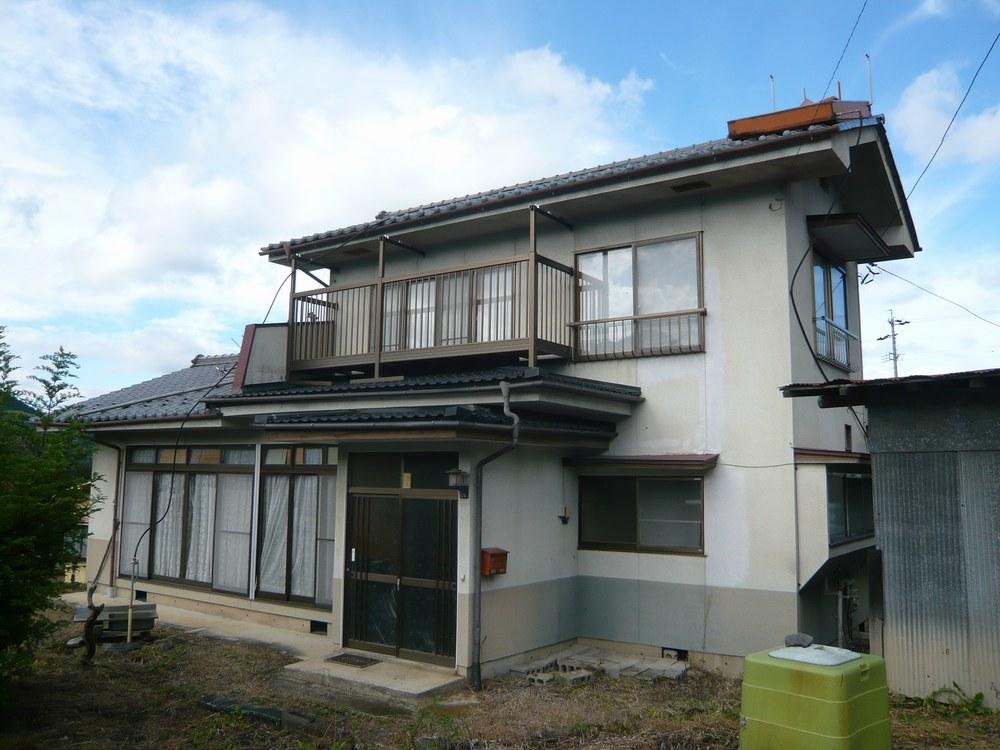 http://www.casacube-ueda.com/estate/it1.JPG